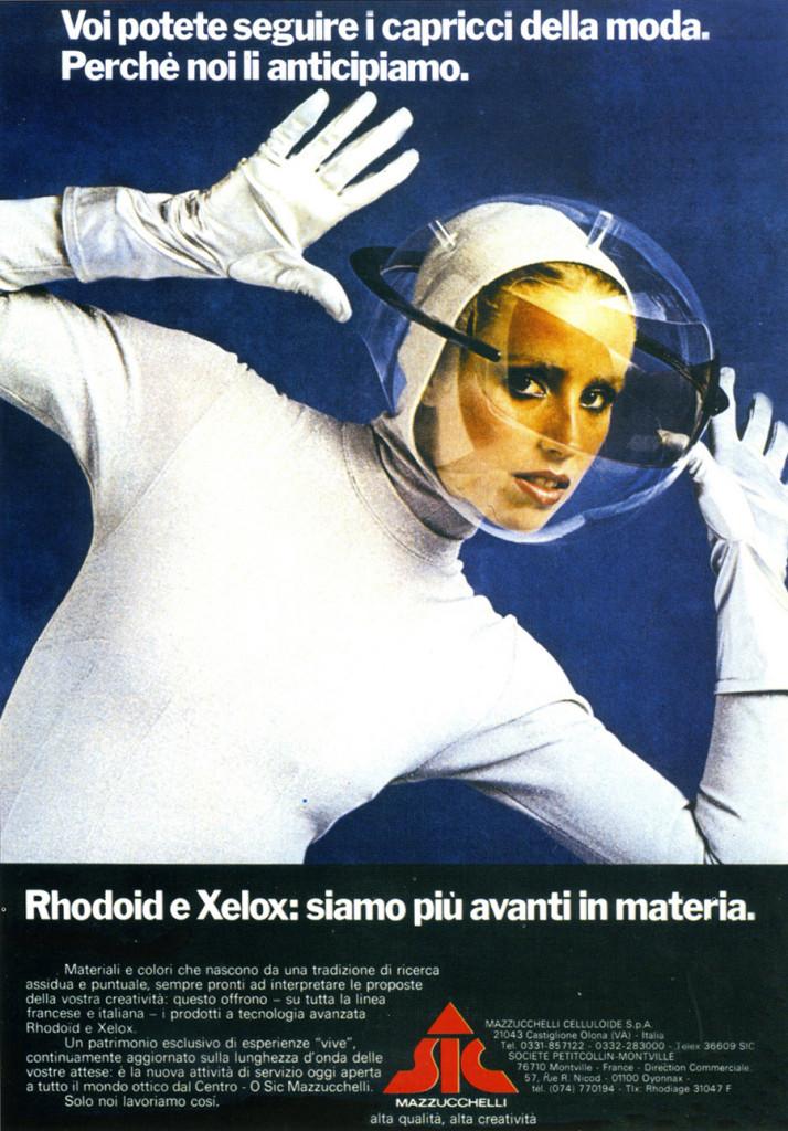 Immagine pubblicitaria delle lenti realizzate in Rhodoid e Xelox, 1977.