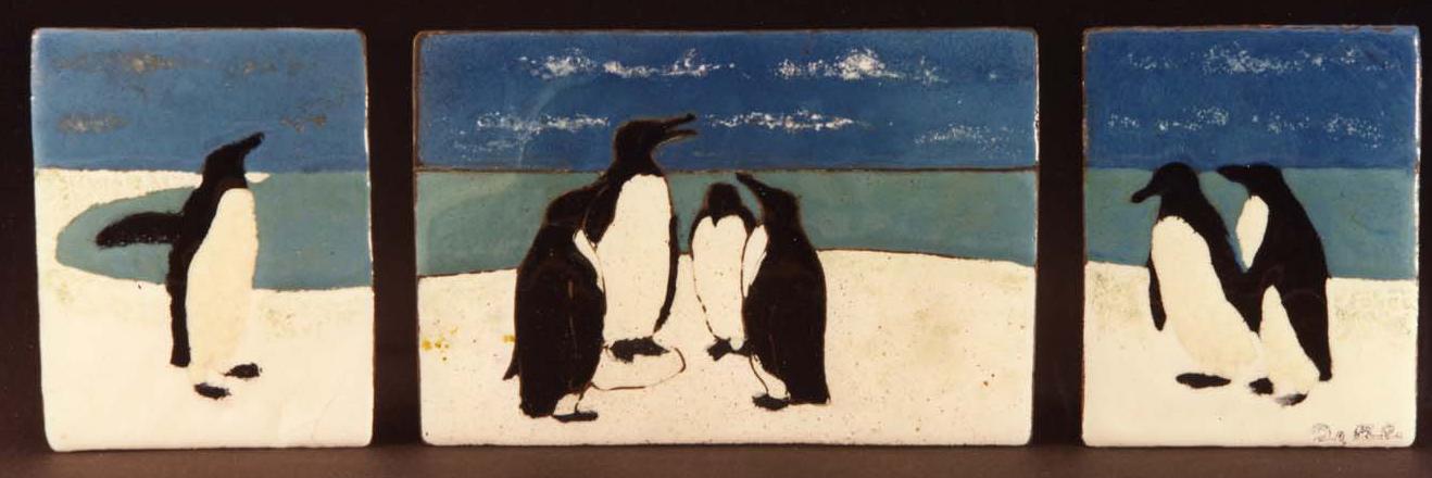 Paolo De Poli, Pinguini (trittico), 1934. Smalto champlevé su rame.