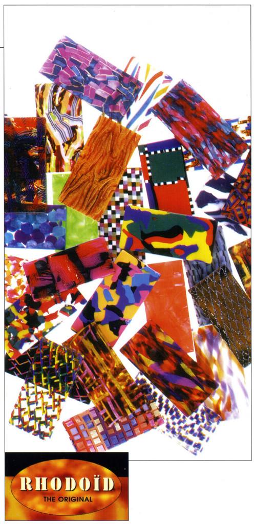 Immagine pubblicitaria che illustra le possibilità cromatiche del Rhodoid.