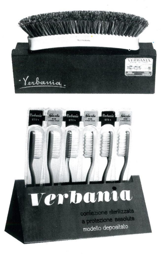 Immagine pubblicitaria di prodotti per la casa e l'igiene personale realizzati con materiali polimerici, anni '40 -'60.