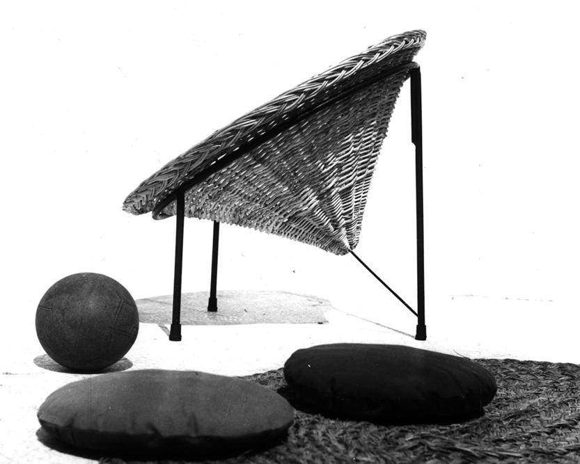 """Roberto Mango. Primo piano della """"Sunflower"""" con i suoi cuscini circolari. Foto R.Mango/Archivio Mango."""