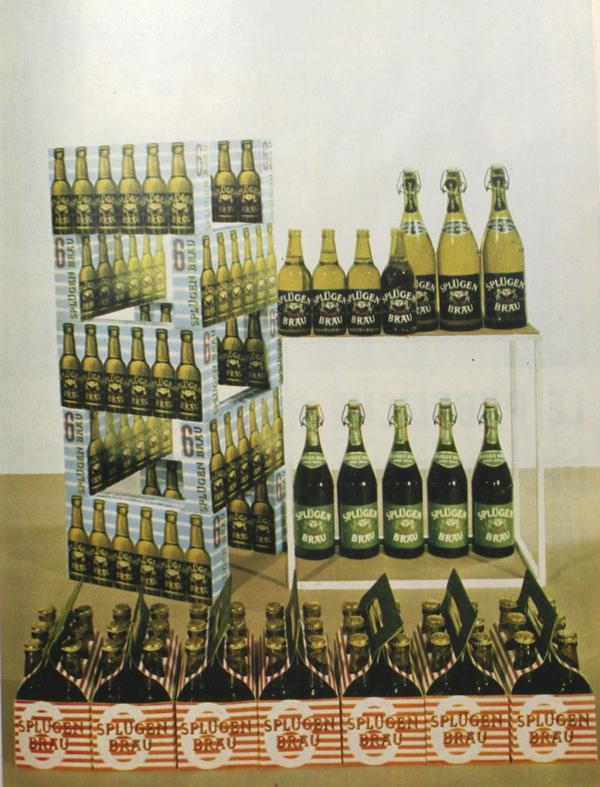 Display per esposizione della birra Splügen Braü in Vendere generi alimentari