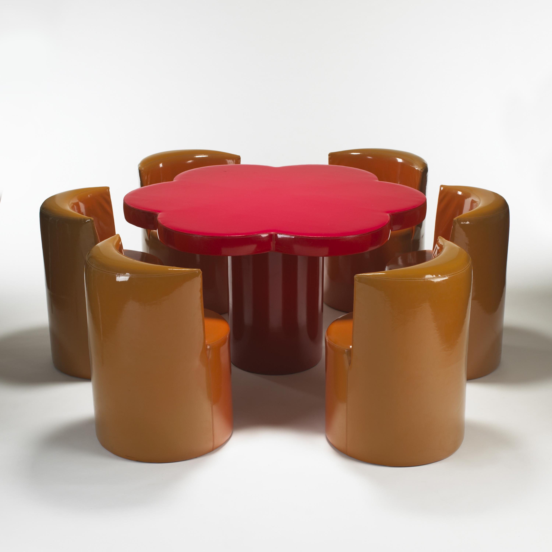 Giuseppe Raimondi Ugo Nespolo Margherita tavolo con poltroncine ponibili Gufram 1966