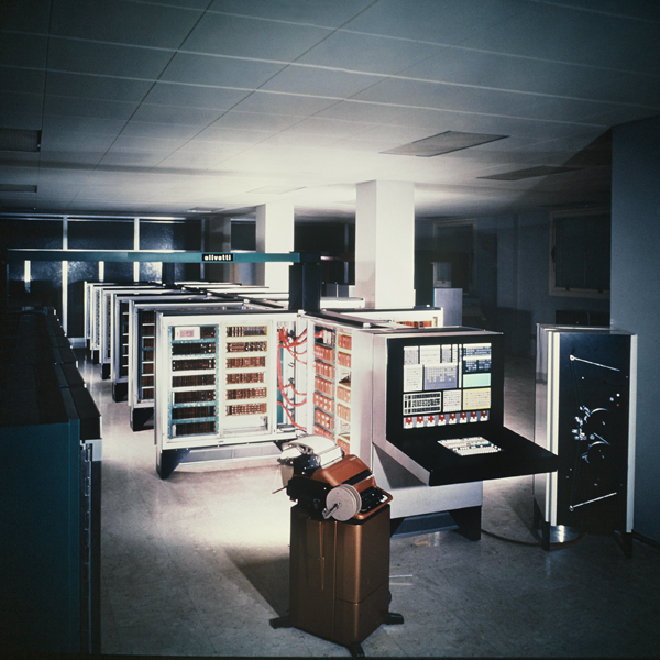 Elea 9003. Foto Archivio Andries Van Onck.