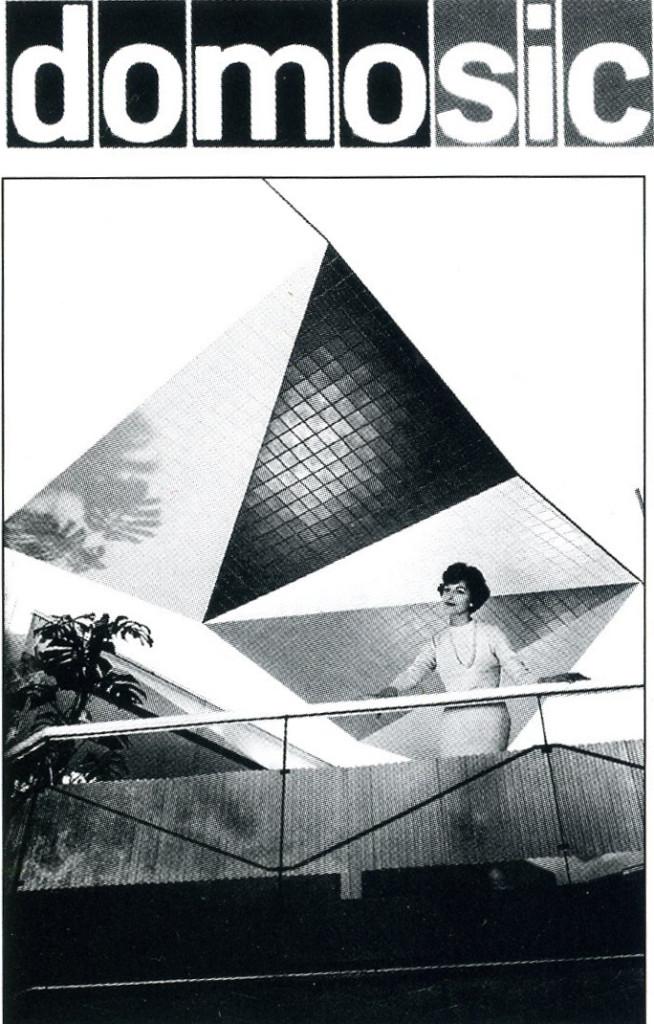 Immagine pubblicitaria dei prodotti per l'edilizia realizzati in materiale polimerico.
