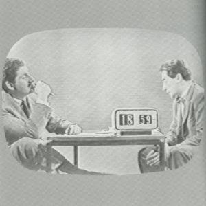 """6: Paolo Tilche e Mario Tedeschi, fotogramma della trasmissione televisiva """"Il piacere della casa"""", 1955-63 / courtesy Archivio fotografico Arform."""