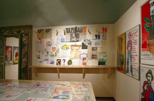 """Fig. 1 - Sezione della mostra dedicata a """"L'impegno civile"""""""